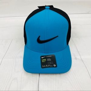 NWT Nike Blue/ Black Aerobill Hat